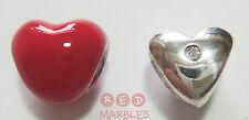 Nueva Plata Esterlina 925 & rojo esmalte Amor Corazón encanto granos. por fuente. Set De 2