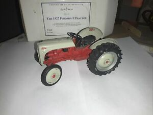 1952 Ford 8N Tractor Model  1/16 Scale By Danbury Mint