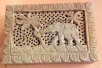 Gorgeous Vintage Lidded Soapstone Jewellery / Trinket Box Indian Elephant VGC