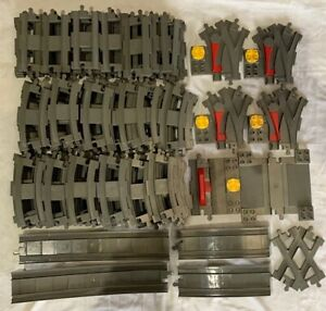 Lego Duplo : très gros lot de rails et aiguillages ... 111 pièces