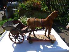 Uraltes Pferd mit Chaise (Kutsche), selten sammelwürdig Spielzeugpferd