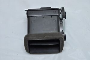 2005-2007 FORD FIVE HUNDRED 500 AWD LEFT FRONT DRIVER SIDE AC HEATER VENT OEM