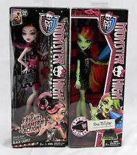 2 New N Box Pink Monster High Dolls Venus McFlytrap & Draculaura Black Carpet