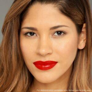 REVLON New Ultra HD Lipstick Gel Acid Hyaluronic 750 Ho Lava