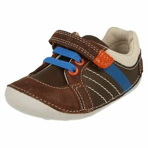 BOYS CLARKS TINY MYLE TODDLER HOOK & LOOP CASUAL INFANT FIRST SHOES LACES SIZE