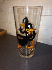 VINTAGE DAFFY DUCK WARNER BROTHERS GLASS FROM PEPSI COLLECTOR SERIES 1973