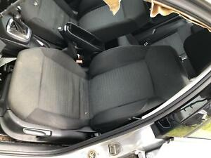 VOLKSWAGEN POLO FRONT SEAT LH FRONT, 6R, CLOTH, COMFORTLINE, 05/10-05/14 10 11 1