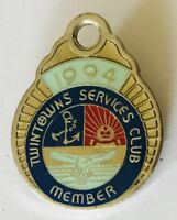 Twin Towns Services Club 1994 Members Badge Vintage (K5)
