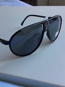 lunette de soleil Style Carrera Neuf Sous Blister.