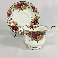 Royal Albert Tea Cup Saucer Old Country Roses Bone China England Cabbage Roses