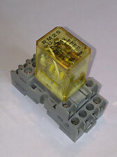 IDEC Plug-In Relay RM2S-U 5A Contact DPDT 24VDC Coil RM2S-UDC24 + ZOCALO SM2S *