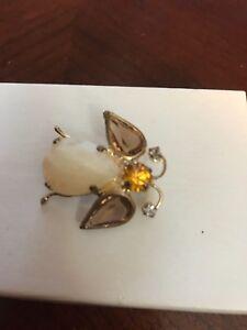 vintage bee brooch rhinestone cabochon