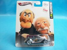 Hot Wheels Disney The Muppets '34 FORD SEDAN DELIVERY Statler&Waldor Real Riders
