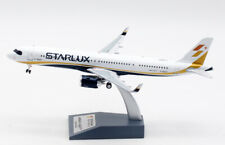 1:200 Aviation STARLUX AIRBUS A321neo Passenger Airplane Diecast Aircraft Model