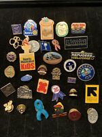 LAPEL PIN LOT OF 32 ASSORTED ADVERTISING HAT PINS USA VINTAGE P2