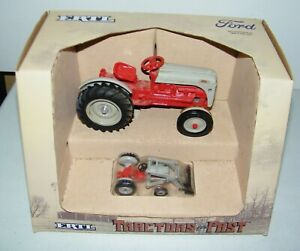 Ertl Tractors of the Past Ford 8N Tractors and Loader 1/43 & 1/16 Scale 1987