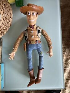 TOY STORY SHERIFF WOODY  SOFT TALKING ACTION FIGURES TOY