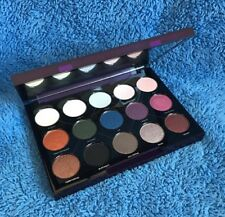 Urban Decay Distortion Eyeshadow Palette - MELB SELLER