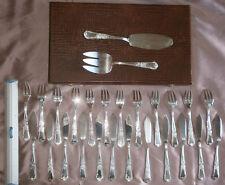 Ménagère à poisson métal argenté - Coffret 26 pièces modèle Louis XV feuillagé