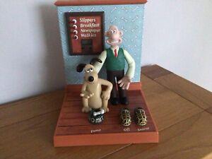 1995 WESCO WALLACE & GROMIT Aardman Digital Character Alarm Clock WORKING - B73