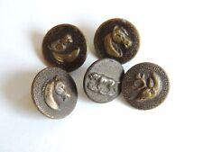 5 anciens boutons de chasse / vénerie chevaux cerf et chien. Collection
