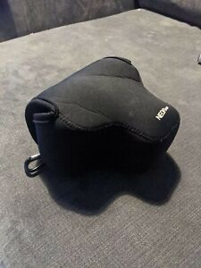 Neopine Sony Alpha A6400, A6500 (16-70mm) Neoprene Camera Case, with Carabiner