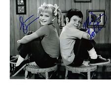 Susan Olsen & Mike Lookinland Signed Photo - Cindy & Bobby from The Brady Bunch