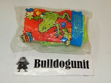 New Sealed 2000 Outdoor Green Frog Canteen Wendy's Kids Meal Toy Wendys