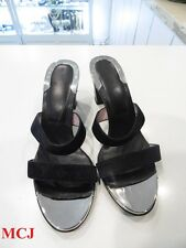 Louis Vuitton Black Sandals size 39