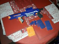 RAMPAGE NERF GUN  WITH 2 NEW PACKS OF NEW BULLETS DARTS