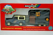 MINT 1:32 Britains 9650 LAND ROVER Defender 90 Farm Vehicle & HORSE BOX Trailer