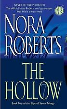 The Hollow: The Sign of Seven Trilogy von Nora Roberts | Buch | Zustand gut