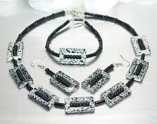 # Modisches Schmuck Set Kette Halskette Armband Ohrring Rahmen schwarz weiß 387a