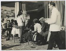 Italia, Cortina d'Ampezzo, Felice Ippolito con la famiglia Vintage silver p