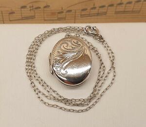 Vintage 925 Sterling Silver Locket Pendant Necklace - Hallmarked Birmingham 1980