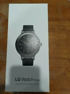 LG Smart watch, Black, aluminum, 42mm, with stainless steal and silicone band.