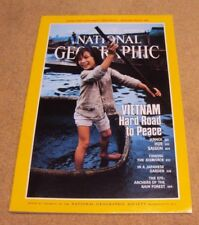 National Geographic November 1989 Vietnam Hue Saigon Bismarck Garden Rain Forest