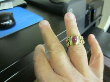 Cabochon  RUBY & 14K Gold Flexible Ladies Ring, Size 8, 12.0 Grams. Stunning.