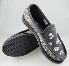 fff0a709b274 Trooper America KS-002 Bandanna Paisley Slip-On House Shoe Slippers
