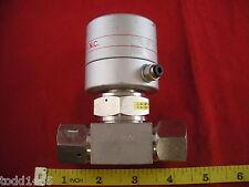 Fujikin AP8PA000 041338 316L-P Bellows Diaphragm Valve N.C. O.P. 0.34~0.49 MPa
