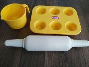 Vintage Little tikes muffin pan, measuring cup, and rolling pin