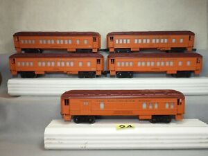 SET OF FIVE LIONEL O GAUGE MILWAUKEE ROAD HEAVYWEIGHT PASSENGER CARS TO CLEAN