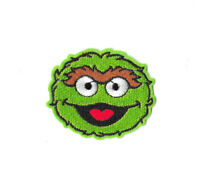 OSCAR THE GROUCH Iron on / Sew on Patch Embroidered Badge Sesame Street TV PT449