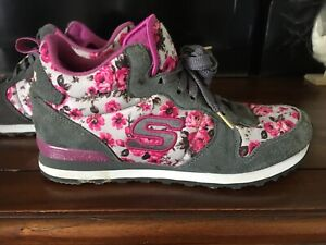 Skechers Trainers Size 7