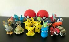 Pokemon Toys Collectable Figures GO Nintendo Pikachu Pokeballs Bundle #01