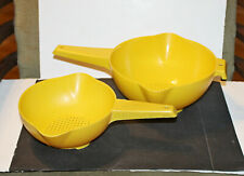 2 Vintage Tupperware 1 & 2  Quart Strainers/Colanders #1200 & 1523 Yellow