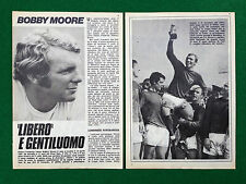 Cc151 clipping Clipping (1973) - Bobby Moore, Cup Stadiums west ham England