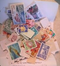 NICE LOT OF 125 WORLD WIDE STAMPS   LOT 122