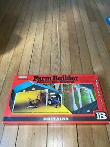 BATIMENT DE FERME BRITAINS FARM BUILDING N°4708 NEUF EN BOITE EPIS tracteur-uh