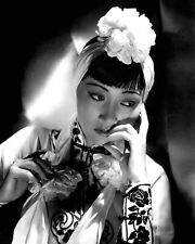 """ANNA MAY WONG IN THE FILM """"DANGEROUS TO KNOW"""" - 8X10 PUBLICITY PHOTO (AB-567)"""